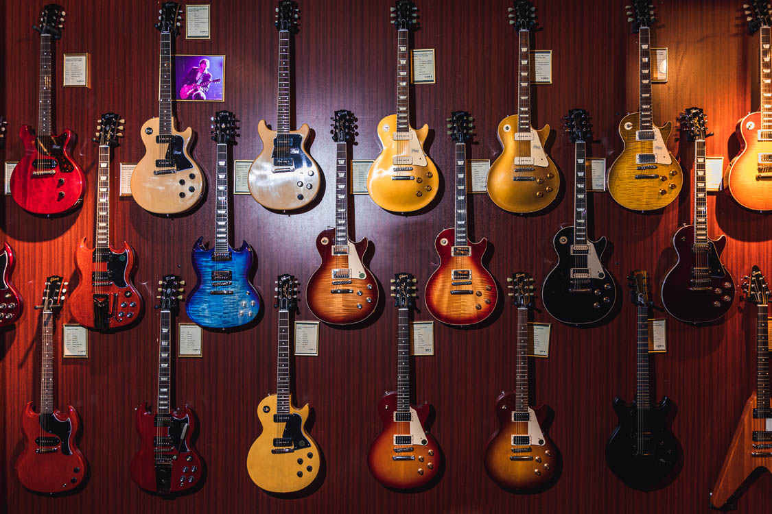 Gibson5e7a44ea0c254