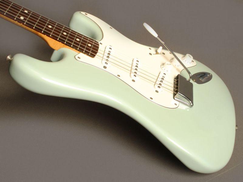 Fender Stratocaster Vintage Serie Sonic Blue